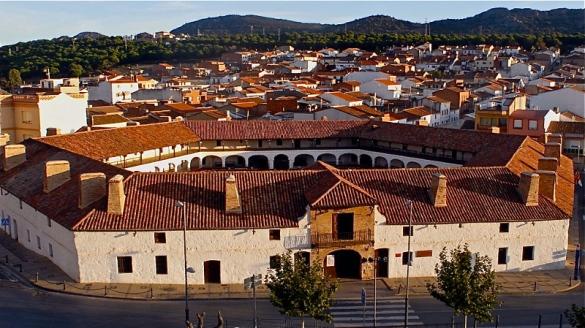 Plaza-de-Toros-de-Almadén-1752
