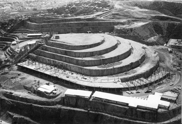 helicoide-caracas-venezuela-arquitectura-vanguardia-4-600x410